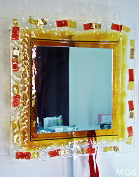Modern mirror in crystal and amber