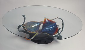 Table with mantas fish in chalcedony glass